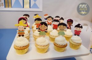 it's a small world cupcakes, buttercream, mmc bakes, custom cakes, san diego, chula vista