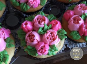 flower cupcakes, mmc bakes custom cupcakes, san diego, chula vista, paris, pink piped flowers